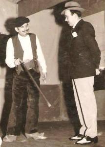 02.-Manolo Araújo e Alejandro Palacios nunha representación teatral