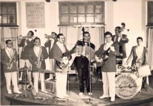 04.-Orquestra Manolo Araújo